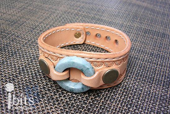 画像1: 円環のレザーブレス(碧)