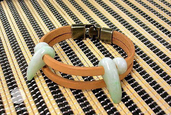 画像1: 革紐のブレスレット(牙)